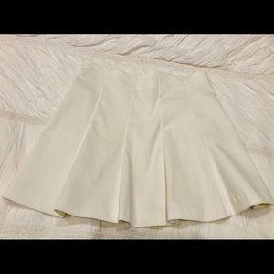 Perfect Zara White Lightly Pleated Mini Skirt